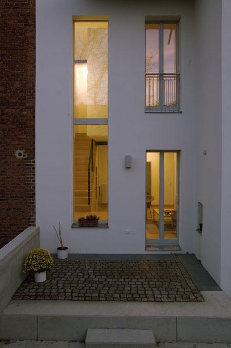 wohnen in der stadt. Black Bedroom Furniture Sets. Home Design Ideas
